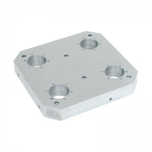 EH 1990.: Base Plates ‒ for 4 single acting connecting elements